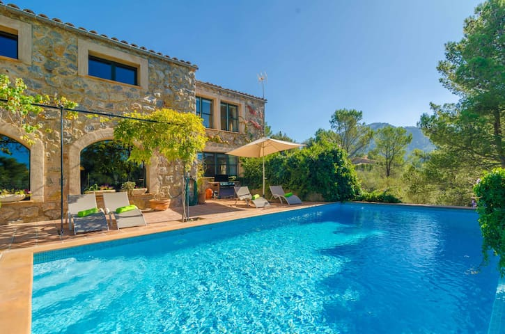 SES VIGAS - Villa for 8 people in Valldemossa .