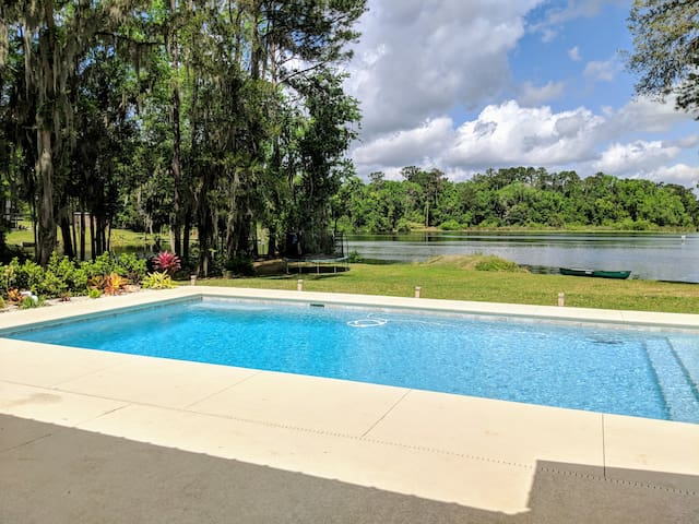 Entire House Lakefront w/pool! Near I-10&I-75