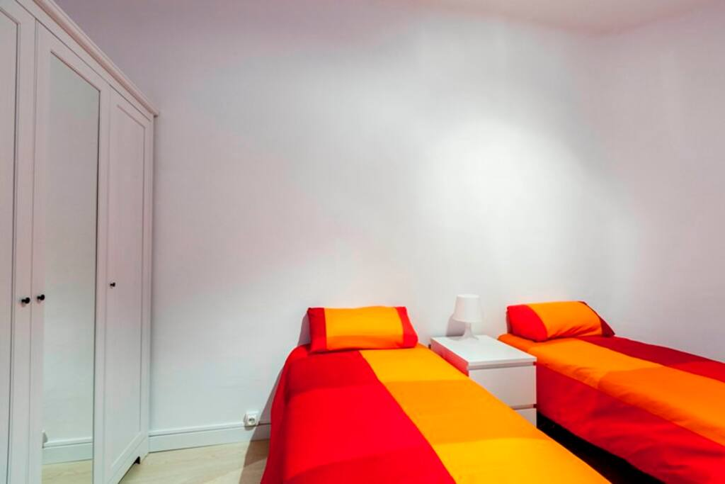 Bedroom 1 with 2 single beds (Can become a double bed)