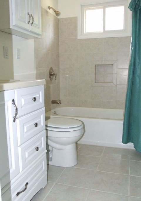 Bathroom - Clean and Tidy