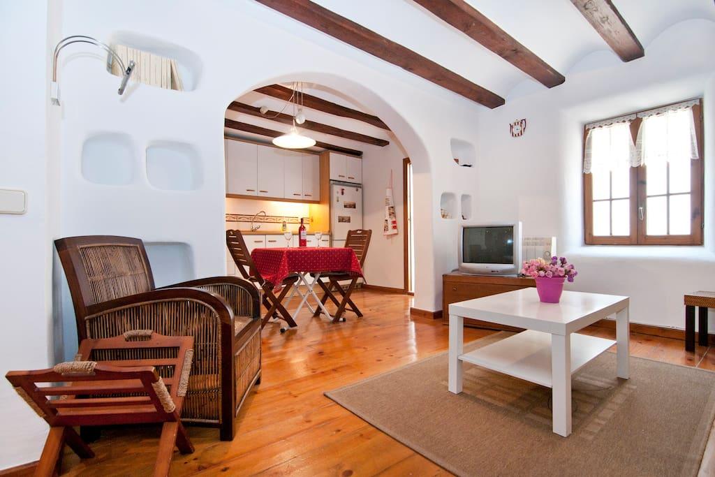 Comfortable flat sagrada familia appartamenti in affitto for Appartamenti barcellona affitto annuale