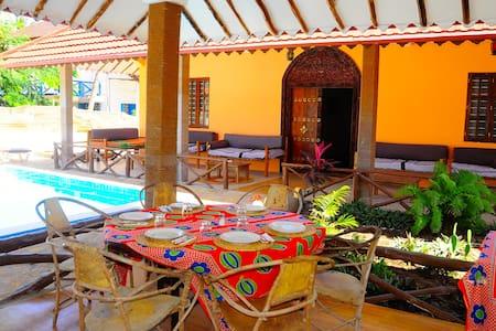 Hakuna Shida Guesthouse Zanzibar - Paje - Aamiaismajoitus