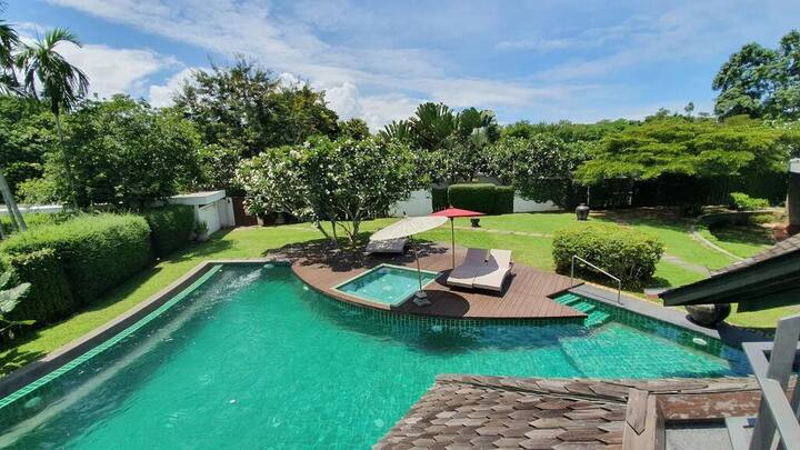 Azaya luxury 4 bedrooms pool villa