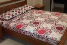 Chambre à coucher climatisé parents avec balcon vue sur l'Atals