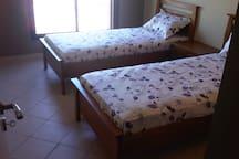 Chambre à coucher climatisée enfants/amis