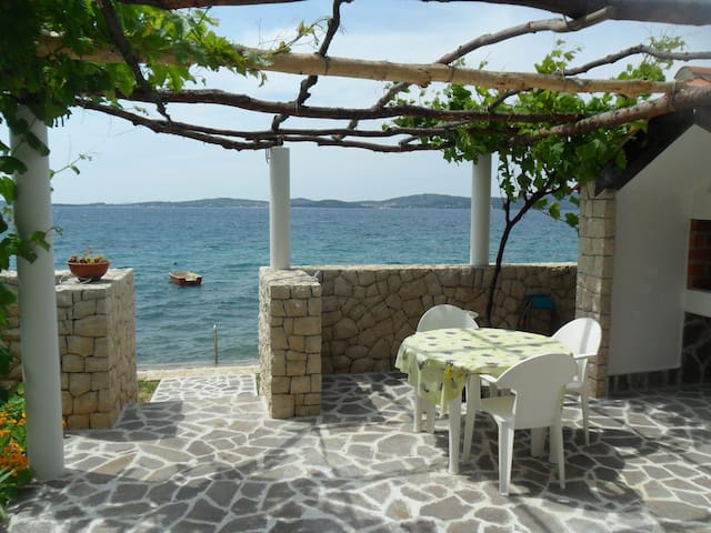Cinthija seaside studio apartment - Bibinje - อพาร์ทเมนท์