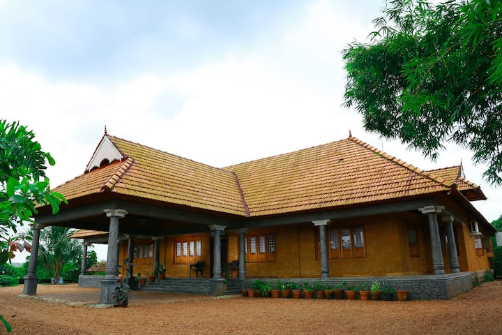 Woodgreens Resort, Pariyaram