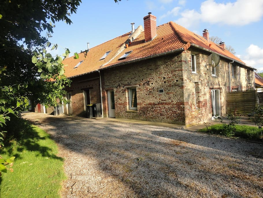 Meubl le puits ferme de wolphus houses te huur in zouafques nord pas de calais frankrijk - Meuble leman calais ...