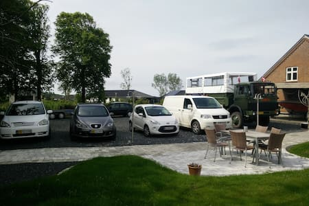 Bed and Breakfast Esbjerg - Esbjerg - Bed & Breakfast
