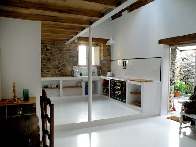 Rustic Cottage / Casa de campo LUGO - A Pontenova - Haus