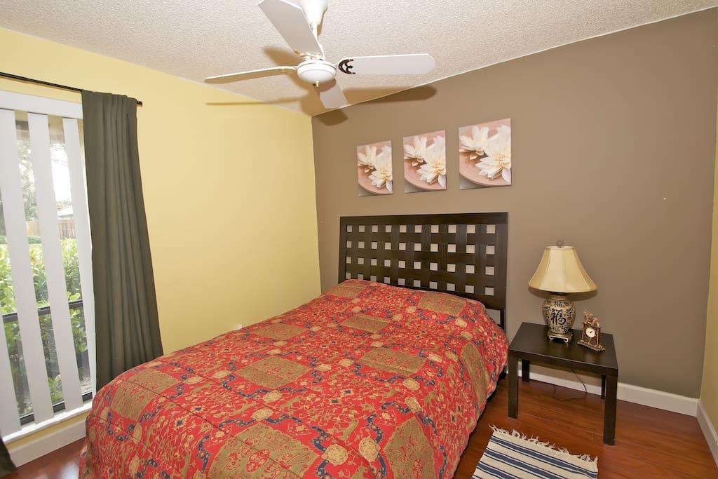 2nd. Bed Room / Queen Bed