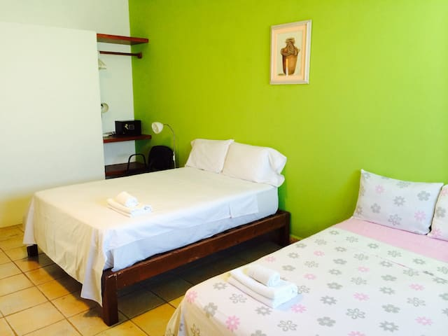 2 beds-kitchennet-airconditioned