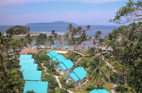 Castaway Beach Resort , PO box1817 Honiara Solomon
