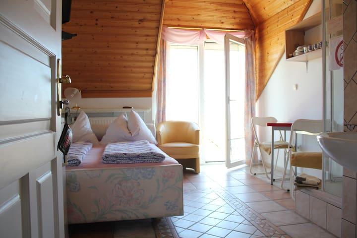Single room for 1-2 person(s)-Hévíz