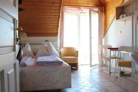 Single room for 1-2 person(s)-Hévíz - Hévíz - Bed & Breakfast