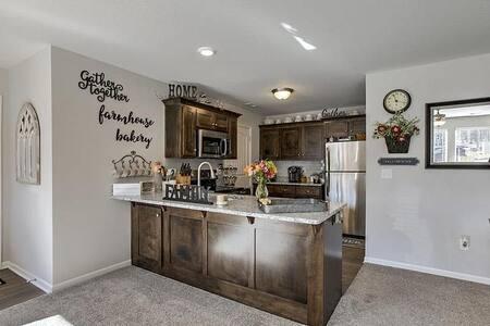 KANSAS PLACE premium family space