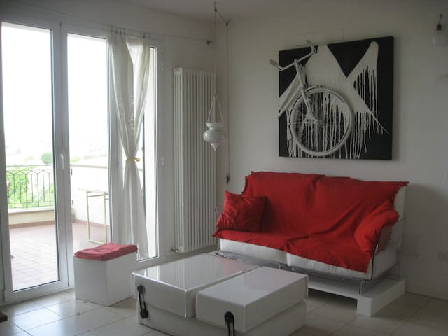 Rimini 10 minutes from the hill - Coriano Loc. Passano - Apartament