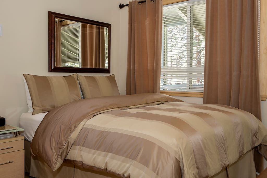 Luxury Linens ...Lots of Pillows... A Great Nights Sleep!