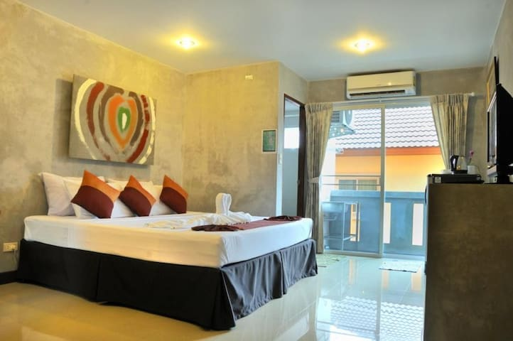 Deluxe Double Room - กะทู้ - Wohnung