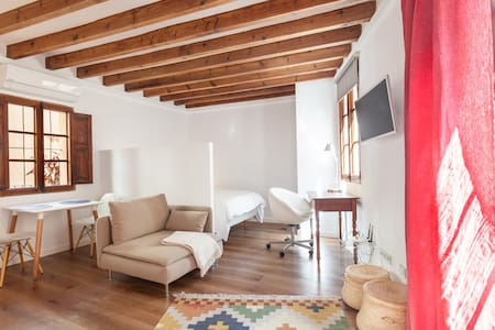 The Cozy - Original Majorcan Loft - Palma de Maiorca