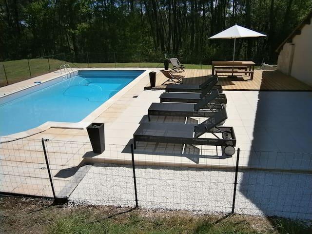 Belle demeure avec piscine, 9 pers  - Maurens