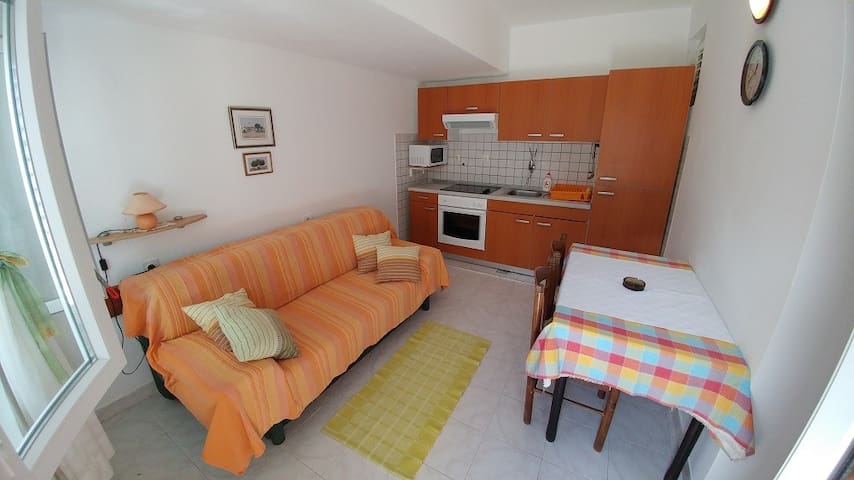 Apartment B2 Dora Banjol Rab