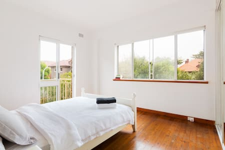 Beautiful Bondi Beach Sydney Escape - Bellevue Hill