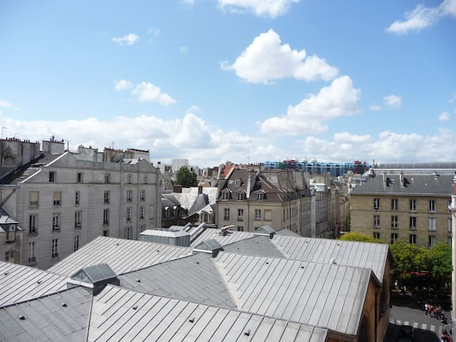 Le Marais, sunny flat with amazing view