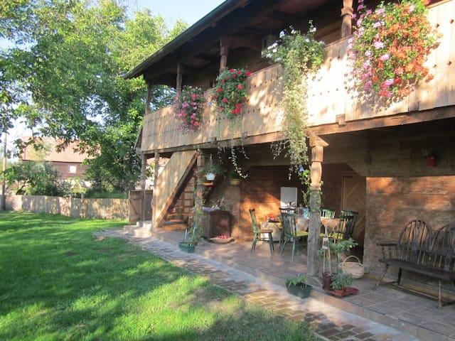 Rural farm house  - Donja Gračenica  - Casa
