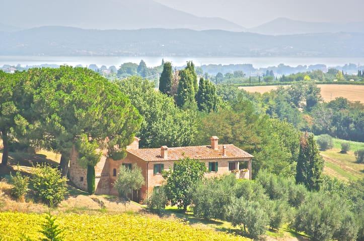 Torre di Tabacco B&B Umbria Tuscany - Vaiano  - Bed & Breakfast