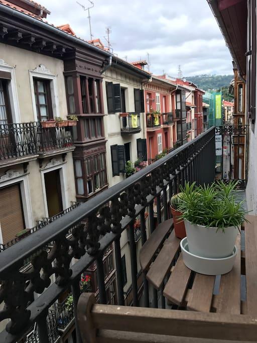Vista de la calle Artekale desde el apartamento