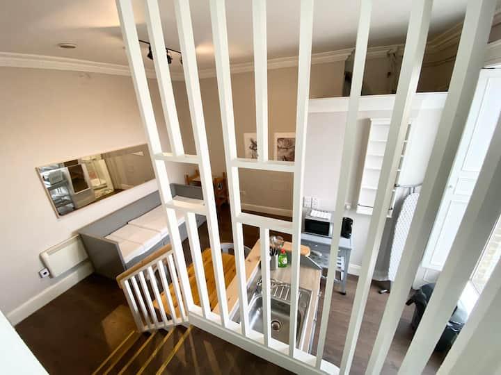 Designer 1-Bedroom Central Dublin