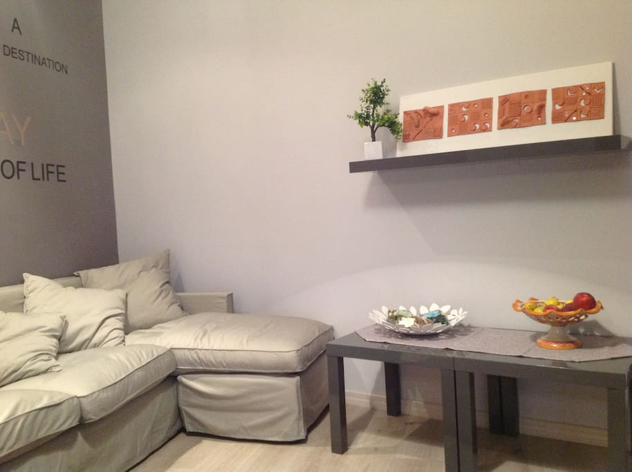 Lounge with Relax Area