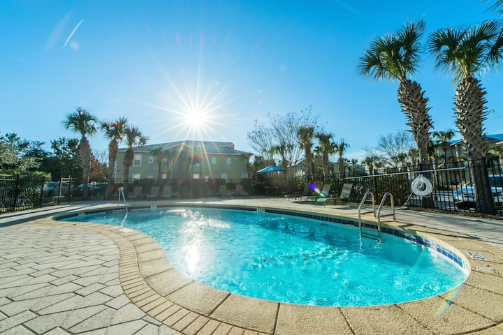 Book4Christmas☀️30A Condo-Pool☀️Inspected & Disinfected☀️2BR Topsail Village 214