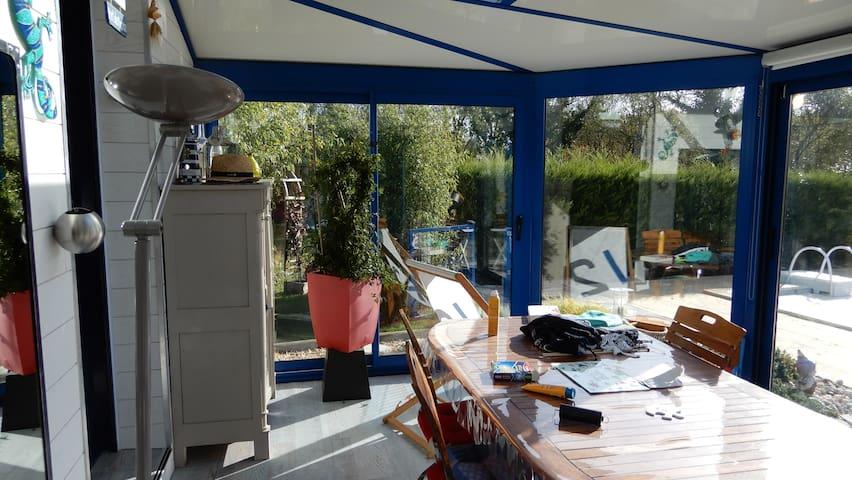 Sarzeau: Maison 300m mer,piscine,gd jardin clos