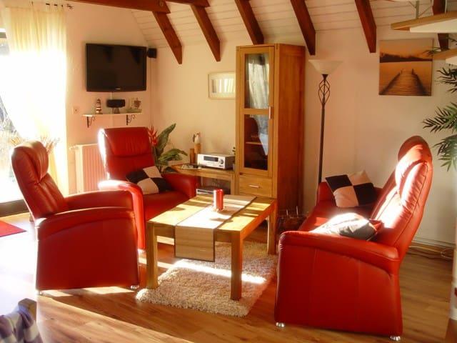 4* Ferienhaus Robbe- 300m hinterm Deich - 4 Pers. - Wurster Nordseeküste - บ้าน