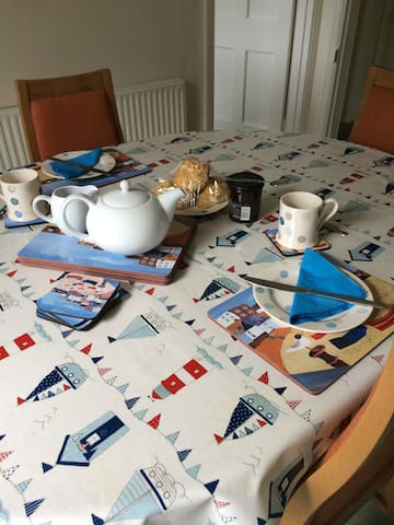 Clovelly Self Catering Holiday Bungalow - Gorran Haven - Bungalow