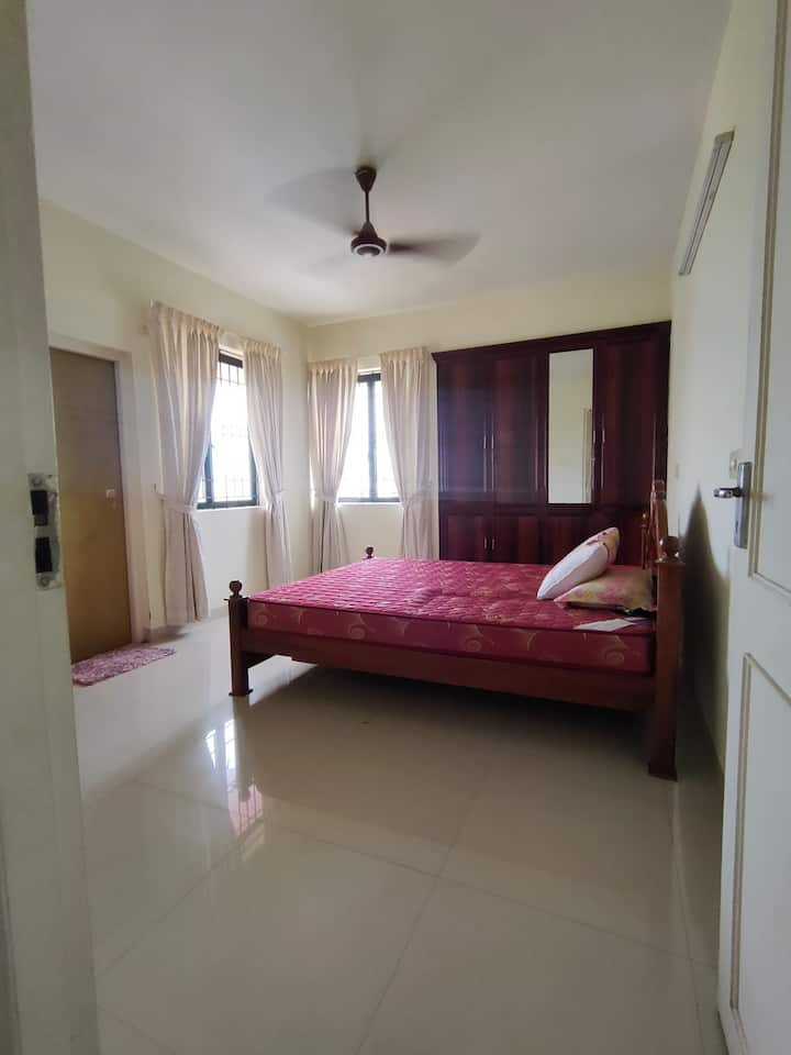 2 Bhk Full Frnishd Non AC Flt Nr Jubilee  Hospital