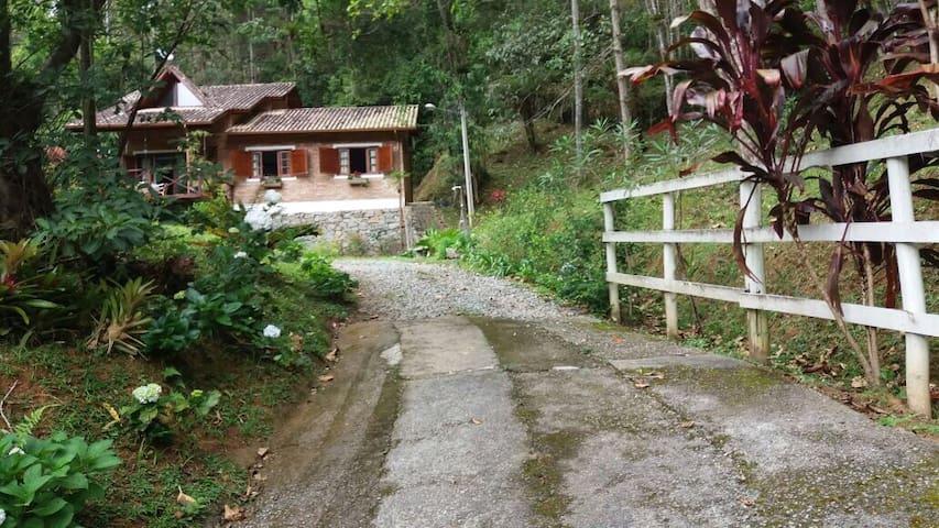 Aconchegante Chalé em Águas Mornas, Santa Catarina