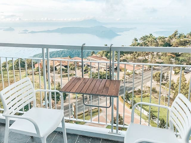 Enjoy the Taal View in Wind Residences