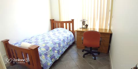 Stay as a Local  Lavender Single bed