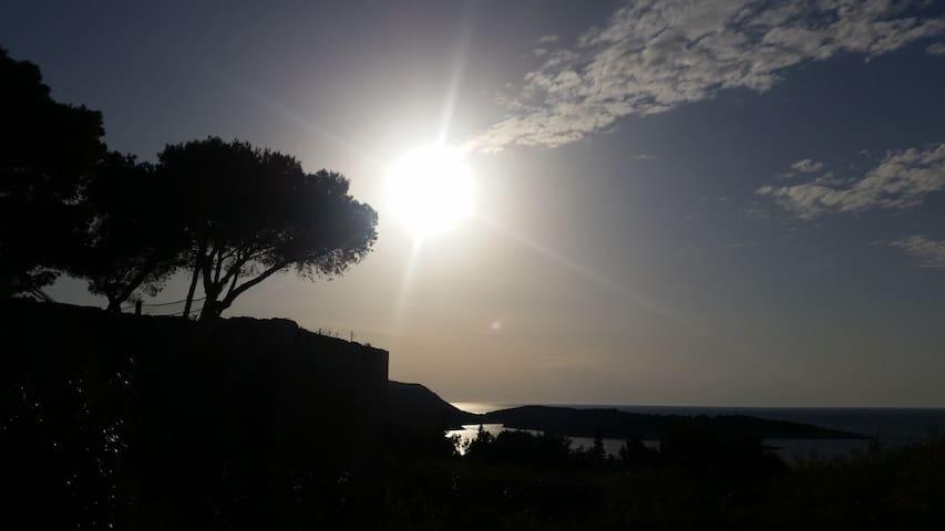 Vintage Sea View Apartment, SeeThe Mediterranian. - Vis