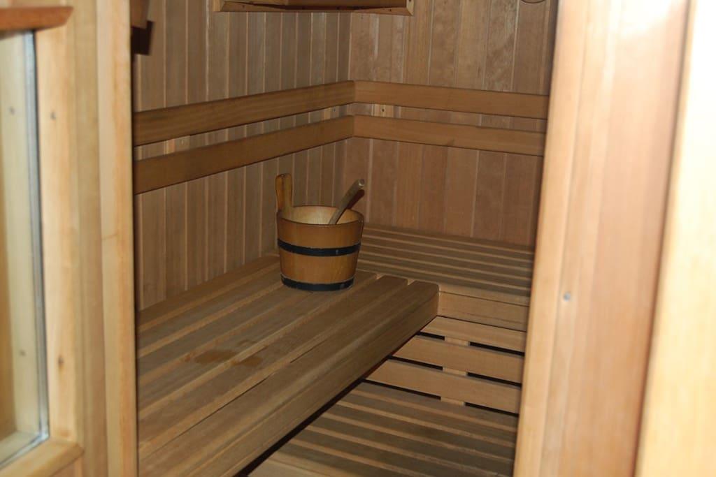 Sauna zur Nutzung für alle Gäste