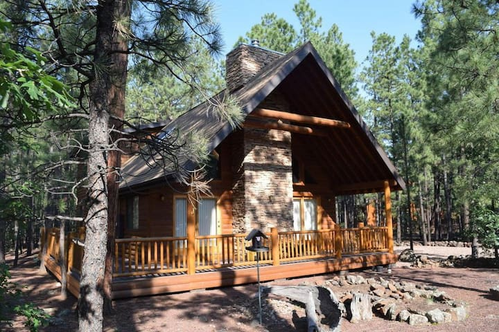Tucked back in the Pines - Sleeps 8