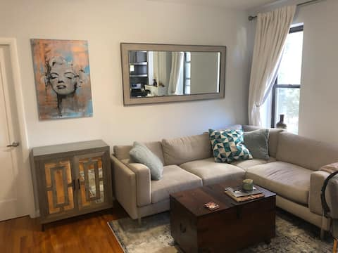 Murray Hill Room in Prime Location