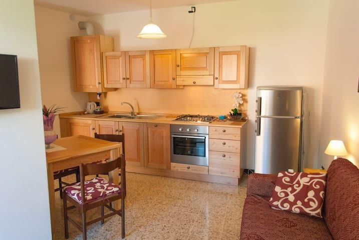 Studio with garden and lake view - Riva di Solto - Apartment