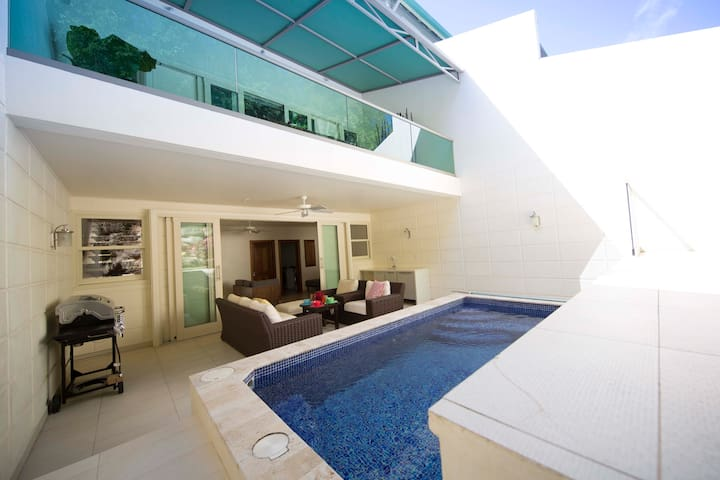 Luxury Loft Style Hillside Villa ~ Private Pool