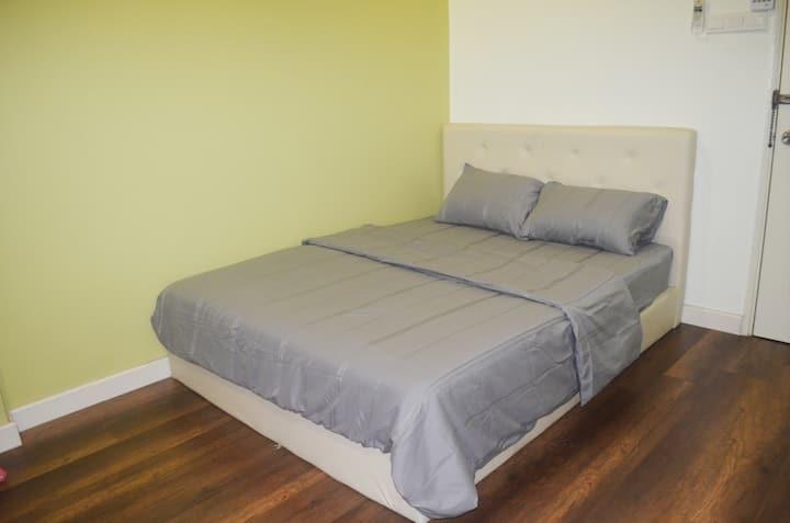 budget comfy room