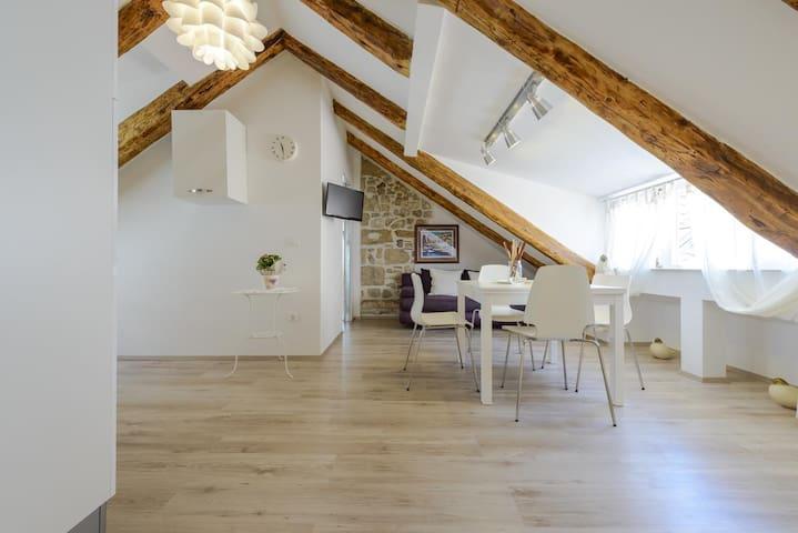 Luxury apartment 5 in Dubrovnik center!