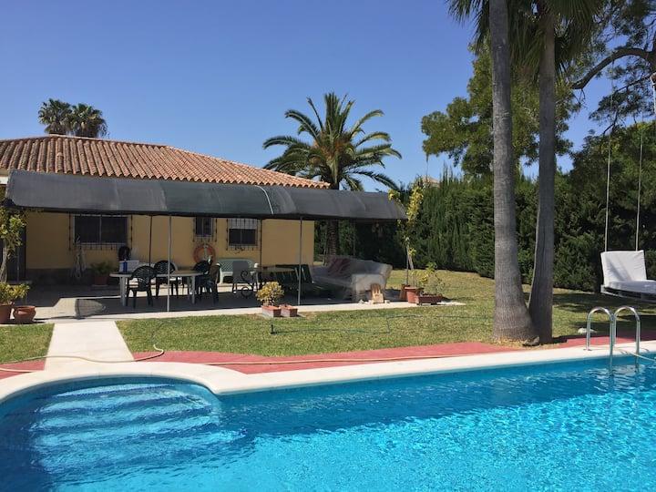 Casa con piscina en El Puerto